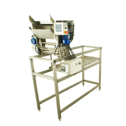 Распечатыватель с автоматической подачей рамок и прессом для отжима забруса