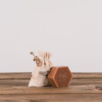 Мыло медово-прополисовое в декоративном мешочке, 100 г, Honey Therapy